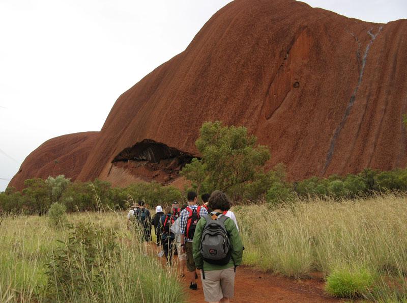 Hiking-Uluru